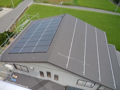 S様太陽光発電設置工事~パネル設置状況