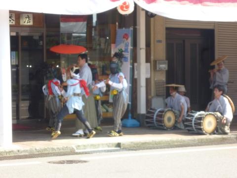 豊年獅子舞