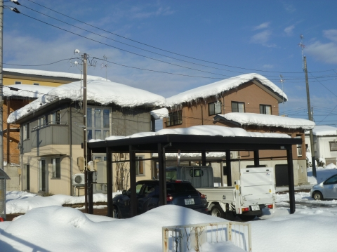 高橋電気カーポート融雪状況